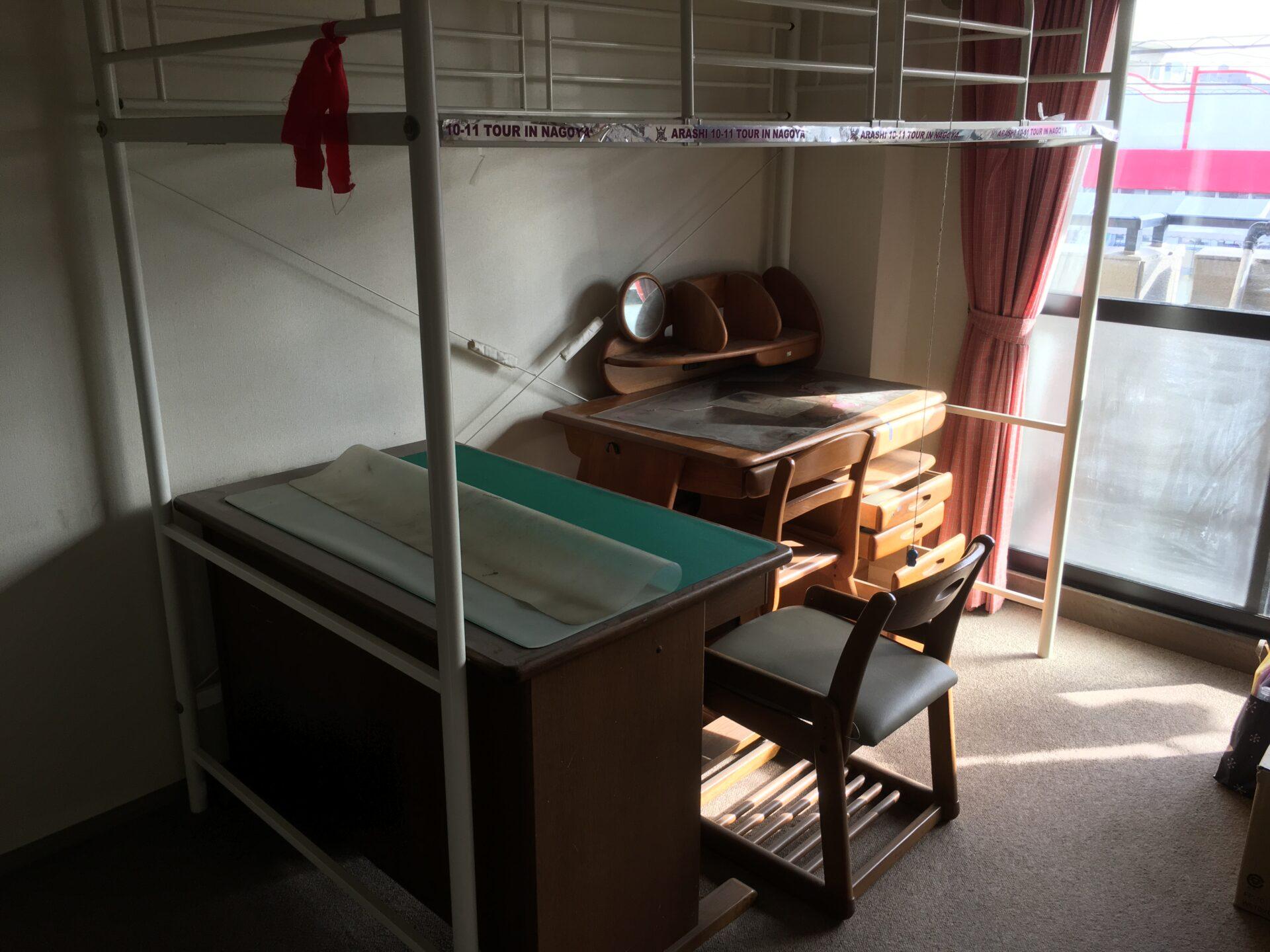 学習机とロフトベッドの処分