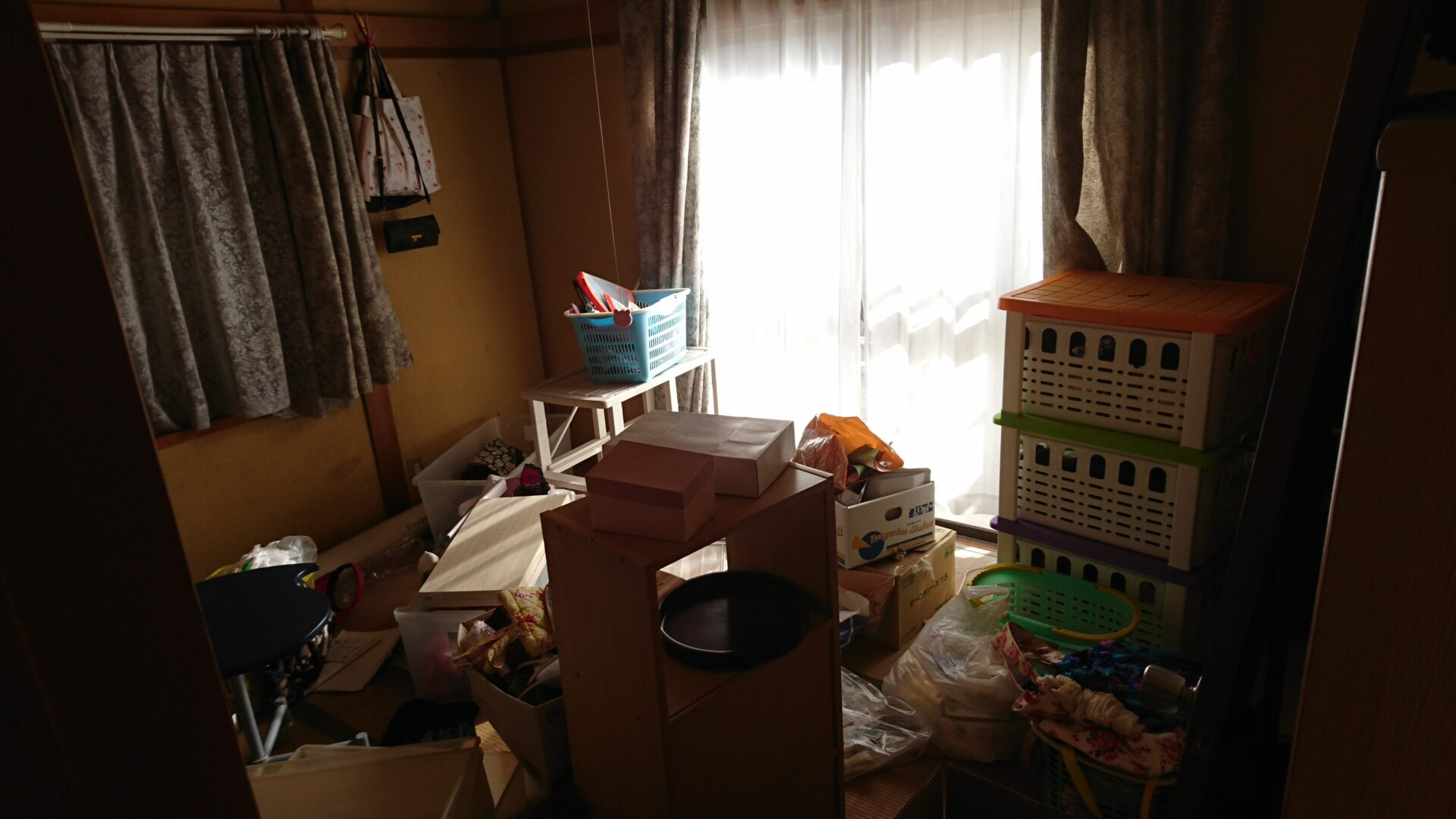 衣装ケースや生活雑貨の出張回収