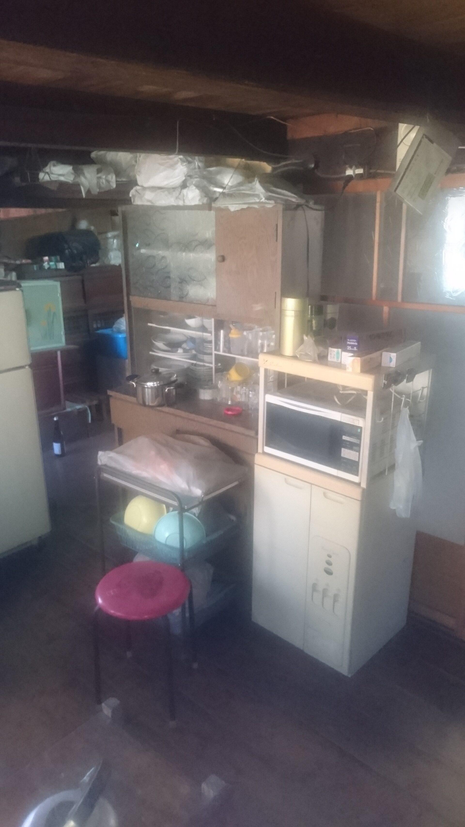 食器棚やレンジ台などの回収