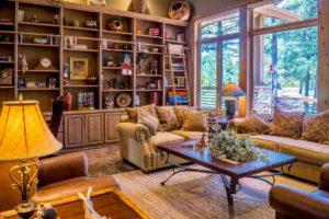 引っ越しなどで不要になった大型家具を処分する方法と料金について