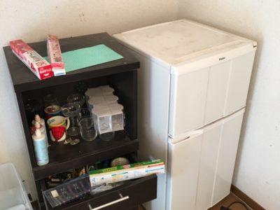冷蔵庫と食器棚の回収