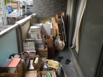 書類や段ボールなど産業廃棄物の回収