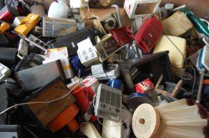 ゴミ屋敷の片付けを業者に依頼したときの費用は?