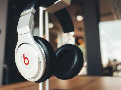 人気ブランドの高性能ヘッドフォンをお得に処分する方法とは?